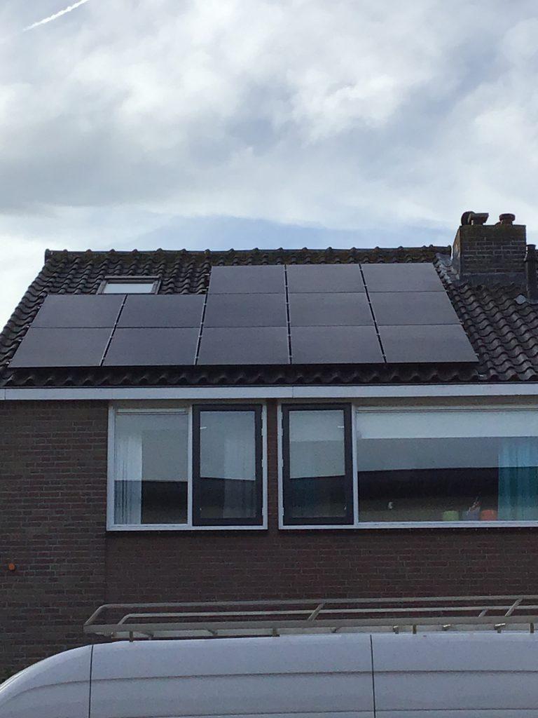 61138-solar_panel_images-5be19c5d4a680