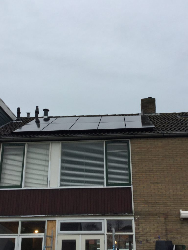 61229-solar_panel_images-5be988e074830